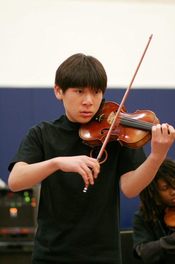 Senior Yujin Ariza Performs at the Creative Arts Assembly