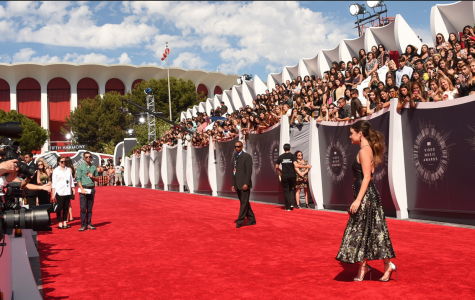 Best and Worst Dressed on the VMAs Red Carpet