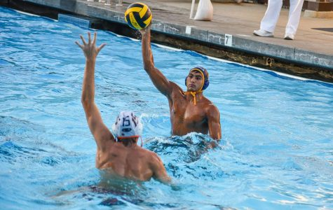 Menlo defeats visiting Coronado from SoCal