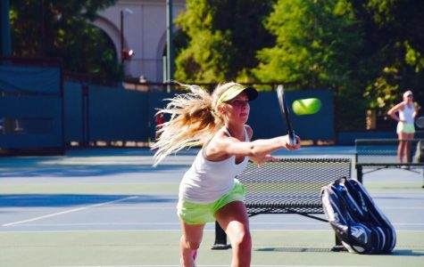 Girls tennis breezes past cross-town rival MA