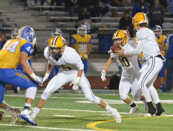 Knights lose to undefeated Gilroy in CCS finals