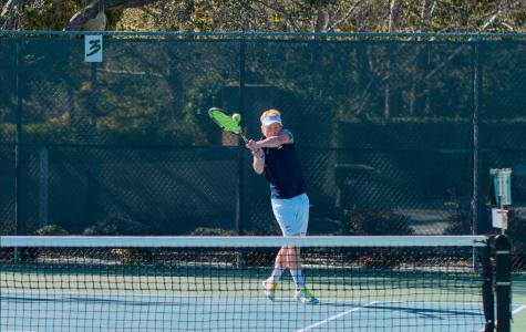 Boys tennis dominates King's on Senior Day