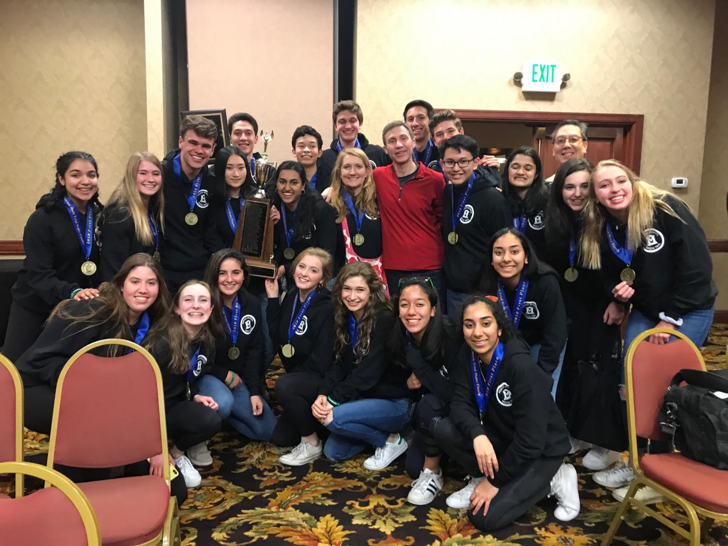 Menlo Mock Trial poses for a photo after state championship win. Photo courtesy of Dicky Yan.