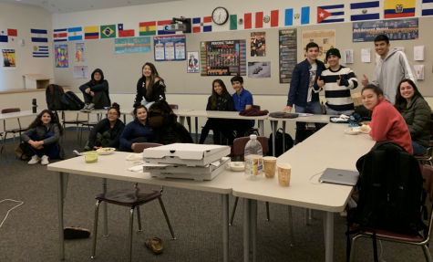Menlo Teachers Recount Their Experiences Living in Foreign Countries