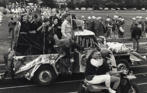 Homecoming parade at the 1986 at the homecoming football game. Photo from Menlo Flickr.