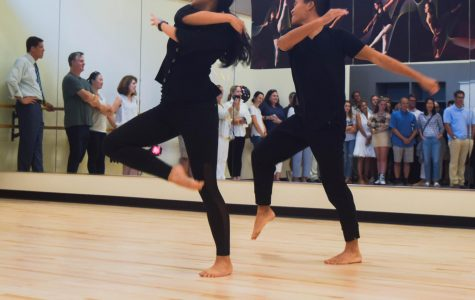 """Under One Roof"" Event Unifies Dance with Menlo Arts Program"