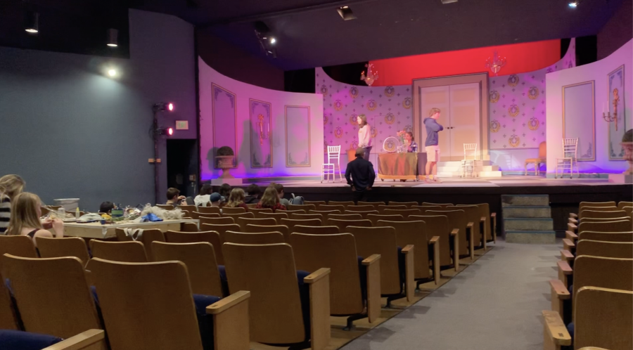 Video: Going Behind the Curtains of 'Tartuffe'