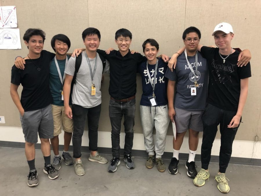 Sophomore+Josh+White+accompanies+fellow+members+that+participated+in+the+three-week+architecture-centered+summer+program+at+Stanford+University.+Photo+Courtesy+of+Ayden+Harris.