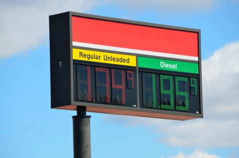 As a result of fewer people on the road during the coronavirus pandemic, gas prices have plummeted. Creative Commons photo: Paul Brennan on Public Domain Pictures.
