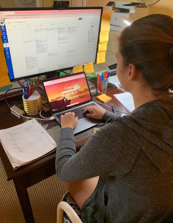 Junior Elizabeth Curtin sets up her desk for the school day. Photo courtesy of Elizabeth Curtin.