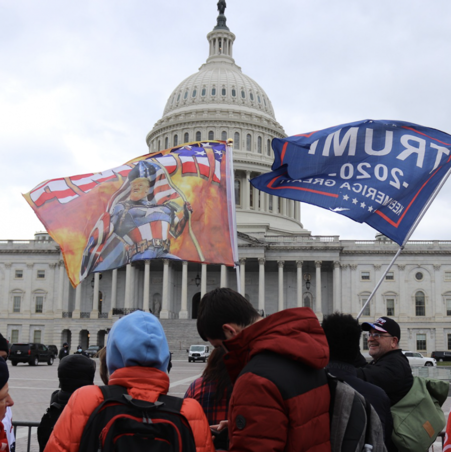 Among this week's major news stories: Pro-trump rioters stormed the U.S. Capitol building on Wednesday, Jan. 6. The riots created panic -- both inside the building and nationwide -- and led to several deaths. Creative Commons photo: Elvert Barnes on Flickr.