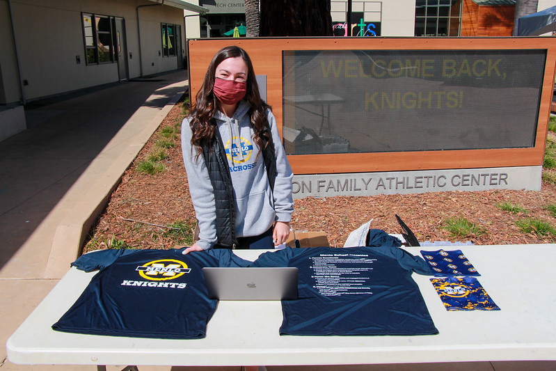In early March, the Athletics department gave t-shirts and neck gaiters to athletes. Football players are required to wear either those gaiters or a mask at games and must wear them whenever their helmet is off. Photo courtesy of Pete Zivkov.
